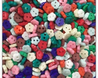 """50 or 100 Flower 6mm buttons, small buttons mini tiny buttons scrapbooking sewing crafts 6mm 1/4"""" 6 mm doll buttons, plastic buttons"""
