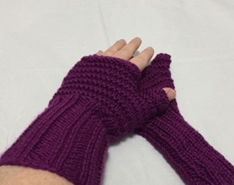Long Wristed Fingerless Gloves #1039