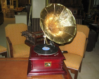 Gramophone in english style
