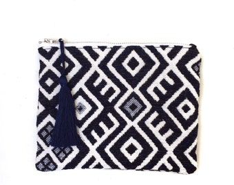 Small zipped pouch made in France, tribal Aztec pattern blue and white, white cotton and pompon in silk thread, model MALDIVES