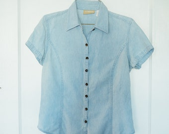 vtg CLASSIC CHAMBRAY Collared Button-Up, Womens Small, 1970s vibe