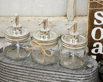 Mason Jar Soap Dispenser | Rustic Bathroom decor | Rustic Kitchen decor | Farmhouse Decor | Mason Jar | Farmhouse style | Farmhouse Kitchen