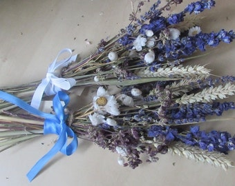Dried flower bunch