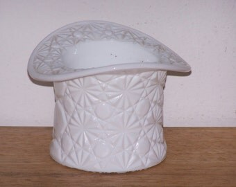 Daisy and Button White Milk Glass Hat