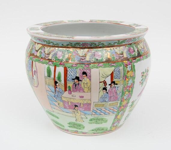 stunning porcelain MADE IN CHINA vintage pot