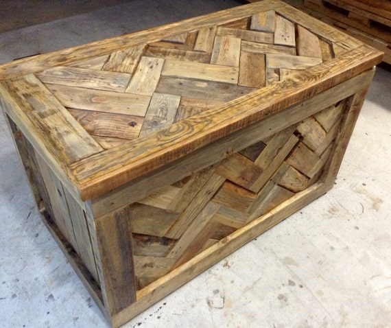 Rustic Foyer Chest : Rustic pallet wood hope chest toy box entryway by