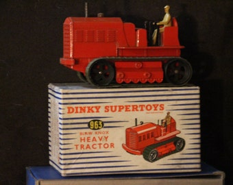 Dinky Supertoy # 963 heavy tractor mint 10/10