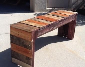 Beautiful wood pallet bench