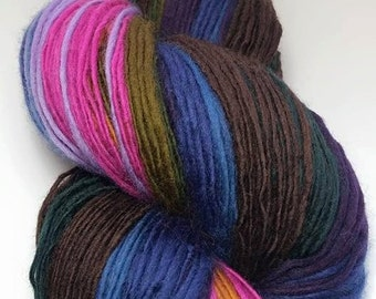 Hand-spun wool of dream - single yarn