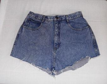 """Vintage High Waisted Denim Blue Jean Cut-Off Shorts Bill Blass 29"""""""