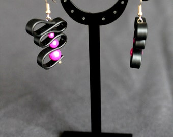 Earrings pink pearls and silicone