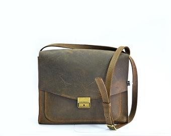 Leather crossbody bag, women's leather bag, handmade leather bag, leather shoulder bag, vintage handbag, cross body bag, womens iPad bag