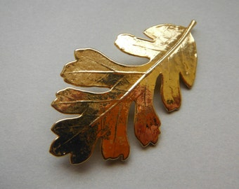 Gold Oak Leaf Pendant Brooch