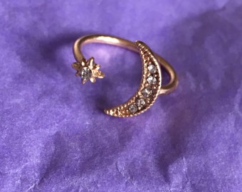 Moon and star ring // UK SIZE N