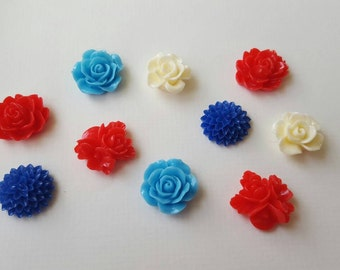 Red, white and blue floral cabochon set (10 pieces, assorted sizes)