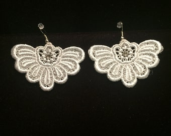 Venise Lace Earrings with Swarovski Crystals
