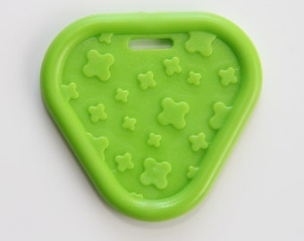 Green Triangle Ribbon Attached Bay Teether