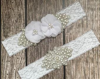 Wedding garder, pearl garder, white garder, garder toss, lace and pearl, wedding garder set