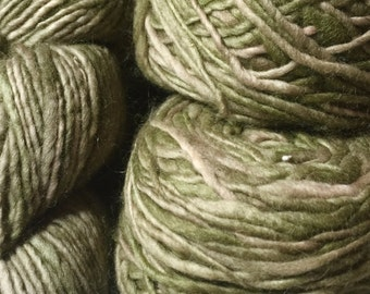 Manos Del Uruguay, Wool Clasica100% Pure Wool in Shades of Olive Green, Lot of 6