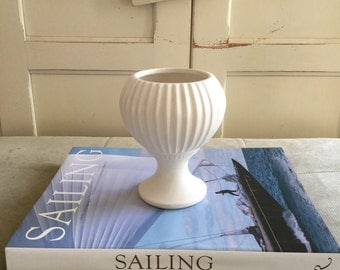 Matte White Floraline Vase #407