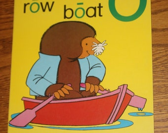 Large Vintage Phonics Flashcard - Long O - Mole - Yellow Poster - Learning Tool