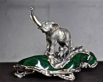 Elephant with baby elephant / Sculpture / Sterling Silver/ Gold / Diamonds / Malachite