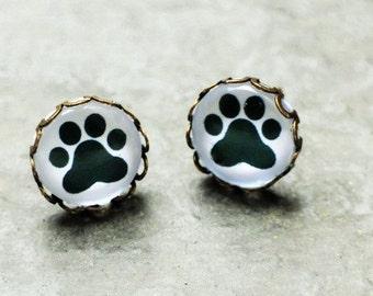 Cat Cat's Paw Stud Earrings