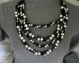 Vintage Ribbon Pearl Necklace #763