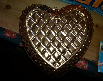 Vintage Coppertone Sweetheart Cake Mold