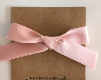 Large Retro Bow || Light pink