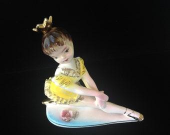 Vintage Ballerina Figurine- Pretty Ballet Dancer Figurine- Porcelain Figurine- Made In Japan