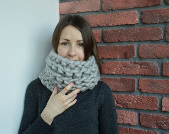Chunky felted 100% merino wool scarf