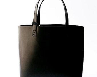 Medium Tote - Black
