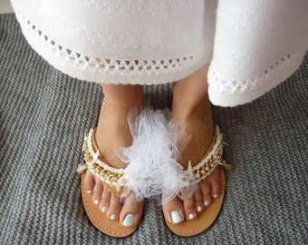Handmade tulle flip flops, leather flip flops with tulle & strass,tutu leather sandals,wedding flip flops with white tutu,tassel flip flops