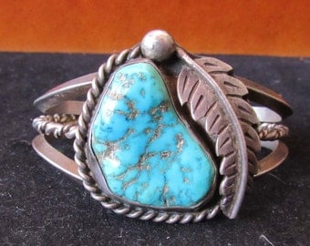 Sterling Silver Turquoise Beautiful Stone Native Style Cuff Bracelet Southwest Design