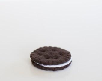 Felt Chocolate Sandwich Cookie