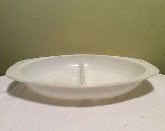 Vintage Pyrex White Divided Serving Party Tray Dish with Handles Oval Shaped 1.5 quart