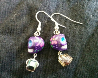 Skull earrings with crystals