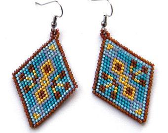 Unique dangle earrings Seed bead earrings Handmade beaded earrings Geometric jewelry for women Colorful dangle earrings Hippie boho earrings