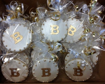 Monogram cookies for wedding