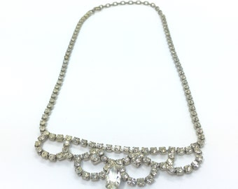 Vintage glass crystal bib necklace with silver tone chain 1950s 1960s retro jewellery jewelry