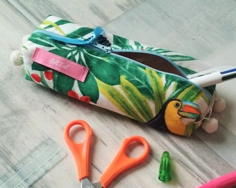 Kit of school in tropical printed fabric with birds