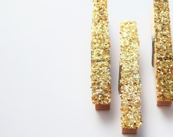 Gold Glitter Clothespin Magnets. Wedding Favors. Picture Clips. Card Place Holders. Coworker Gift. 21st Birthday Party Banner. Disco Party.