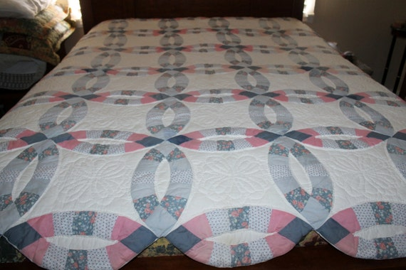 Vintage Quilt Double Wedding Ring Hand Quilted