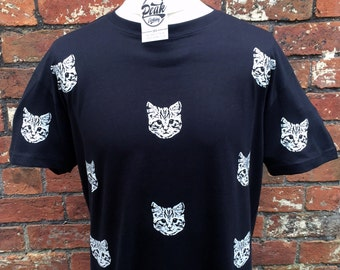 Cat face pattern T-Shirt