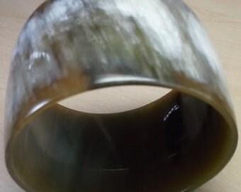 Horn bracelet  - Horn bangle bracelet - Horn jewelry - KAI-3680