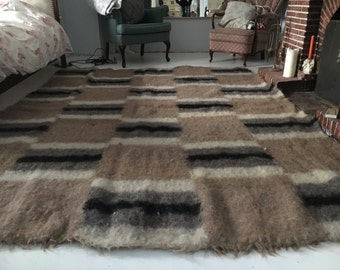 Vintage handmade Bulgarian rug/carpet