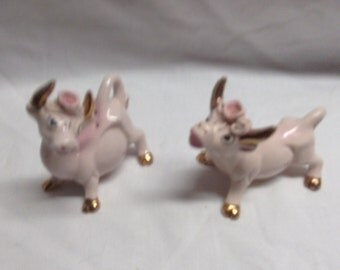 Thame Salt & Pepper  Cow Fancy Vintage with Rose on Head Pinkish in Color 52/215