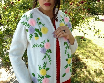Vintage 1960s 70s floral embroidery cardigan sweater beautiful