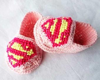 Superman booties crochet